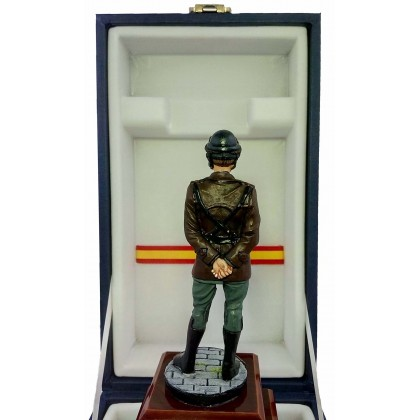 ESCULTURA GUARDIA CIVIL DE TRAFICO